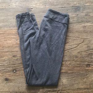 Iviva Lululemon Gray Workout Leggings Size 10